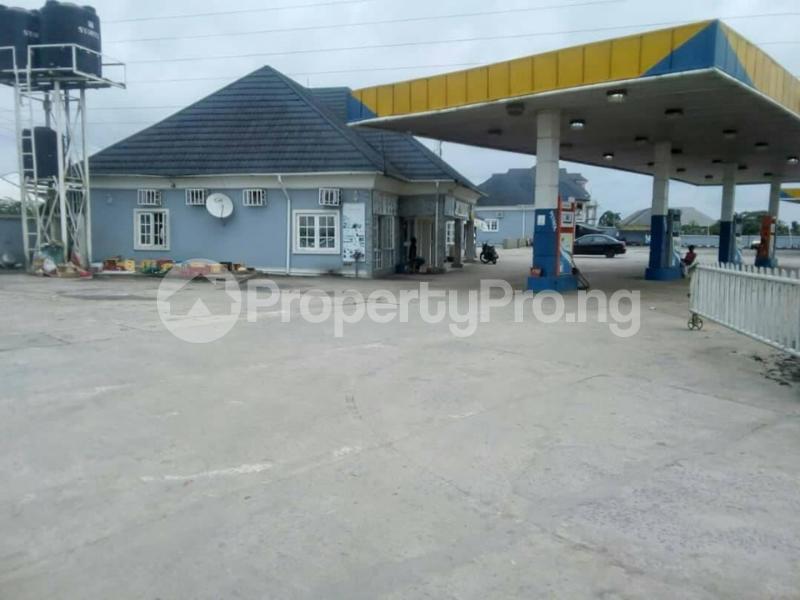 Factory Commercial Property for sale #39 IMO LANE by Uzuakoli Road, Opposite Zenith Bank, Umuahia. Umuahia South Abia - 0