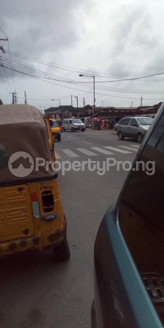 Land for sale Off Pedro road  Palmgroove Shomolu Lagos - 3