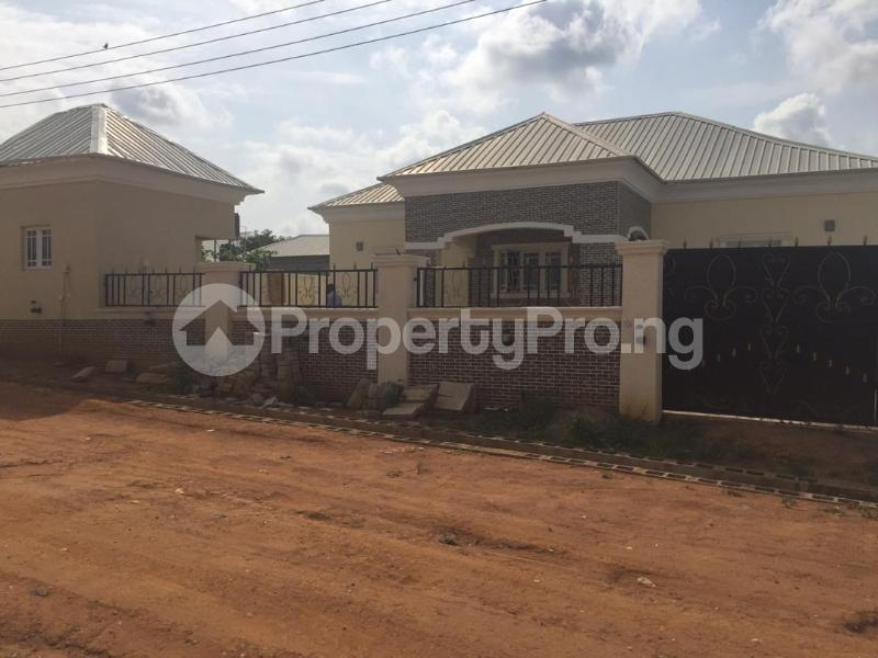 3 bedroom Detached Bungalow House for sale pyakasa, airport road Lugbe Abuja - 10
