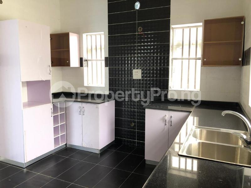 4 bedroom Detached Duplex House for sale ilaje mobil road VGC Lekki Lagos - 11