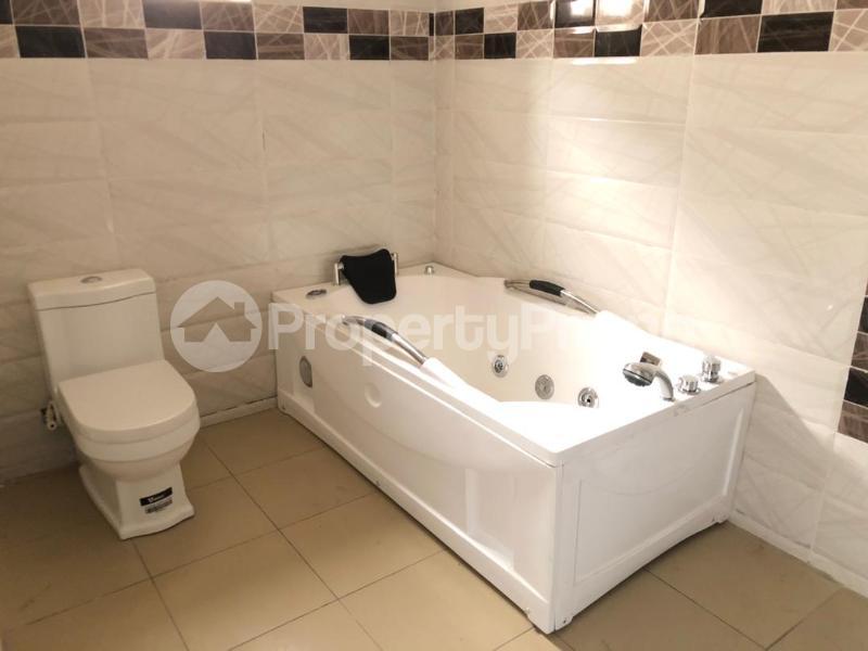 4 bedroom Detached Duplex House for sale ilaje mobil road VGC Lekki Lagos - 12