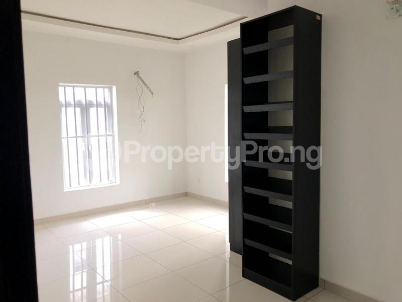 4 bedroom Detached Duplex House for sale ilaje mobil road VGC Lekki Lagos - 8