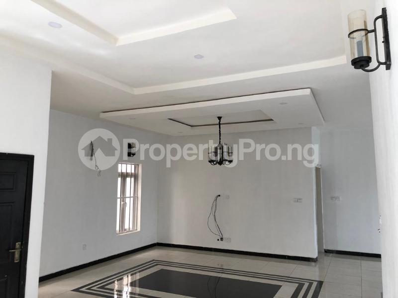 4 bedroom Detached Duplex House for sale ilaje mobil road VGC Lekki Lagos - 16