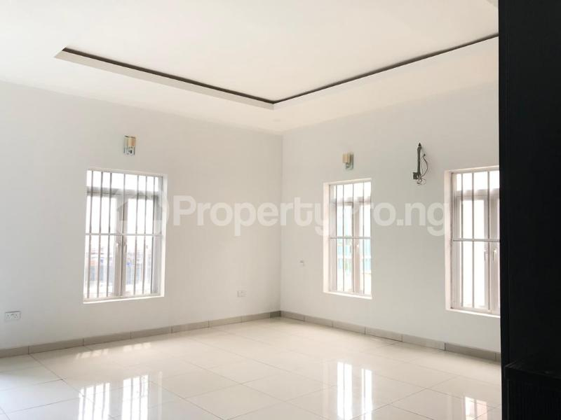 4 bedroom Detached Duplex House for sale ilaje mobil road VGC Lekki Lagos - 14