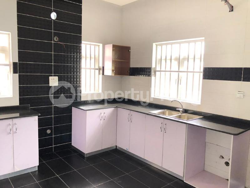 4 bedroom Detached Duplex House for sale ilaje mobil road VGC Lekki Lagos - 10
