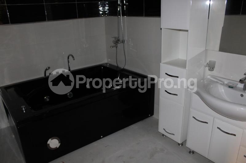 5 bedroom Detached Duplex House for sale Chevyview estate chevron Lekki Lagos - 14