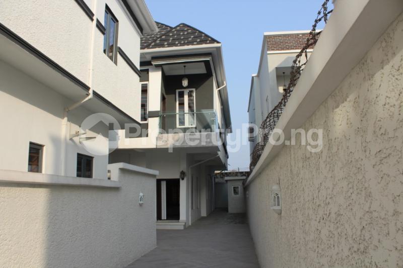 5 bedroom Detached Duplex House for sale Chevyview estate chevron Lekki Lagos - 20