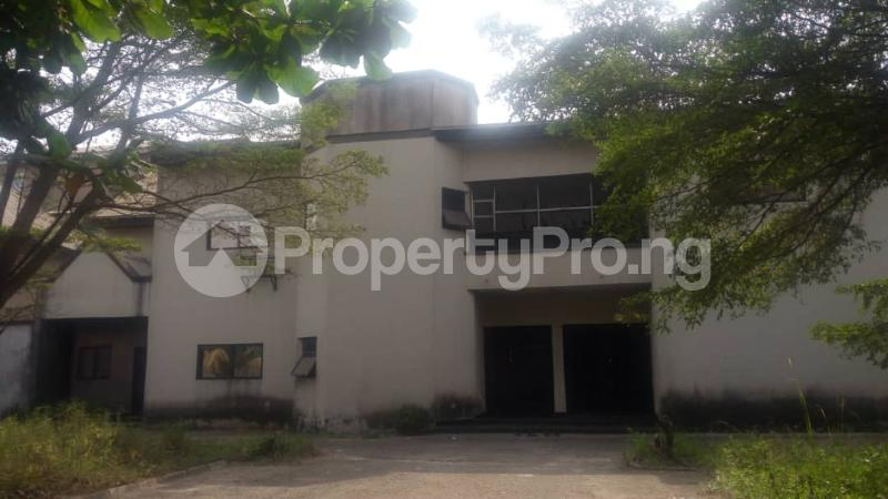 5 bedroom Detached Duplex House for sale Off  Ago palace Okota Lagos - 4