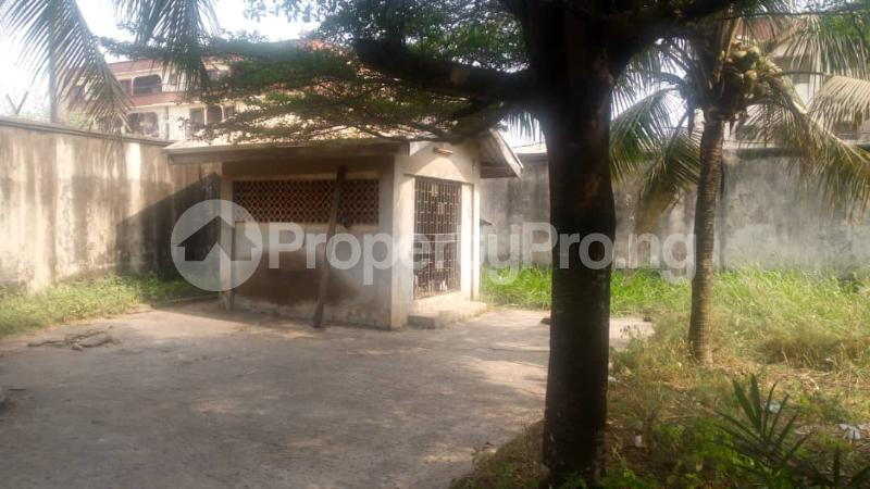 5 bedroom Detached Duplex House for sale Off  Ago palace Okota Lagos - 5