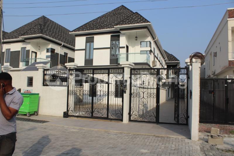 5 bedroom Detached Duplex House for sale Chevyview estate chevron Lekki Lagos - 0