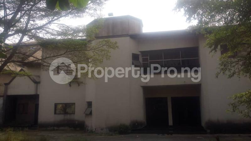 5 bedroom Detached Duplex House for sale Off  Ago palace Okota Lagos - 0