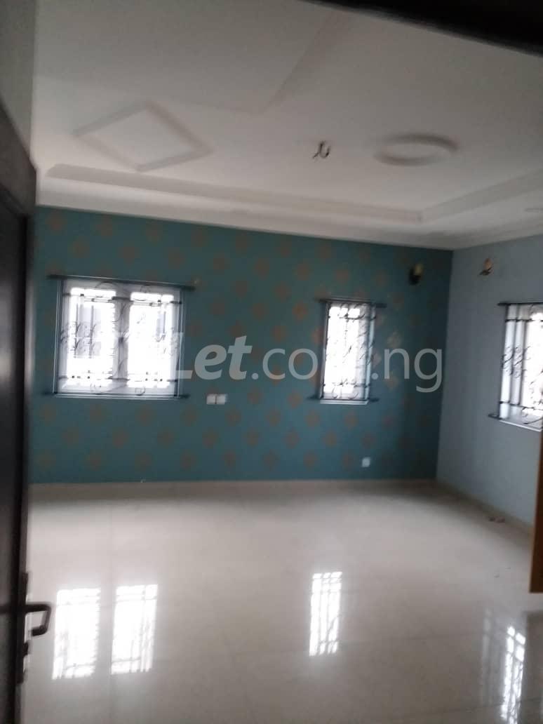 5 bedroom House for rent Ado road by Ecobank off Ajah busstop, Ajah. Ado Ajah Lagos - 1