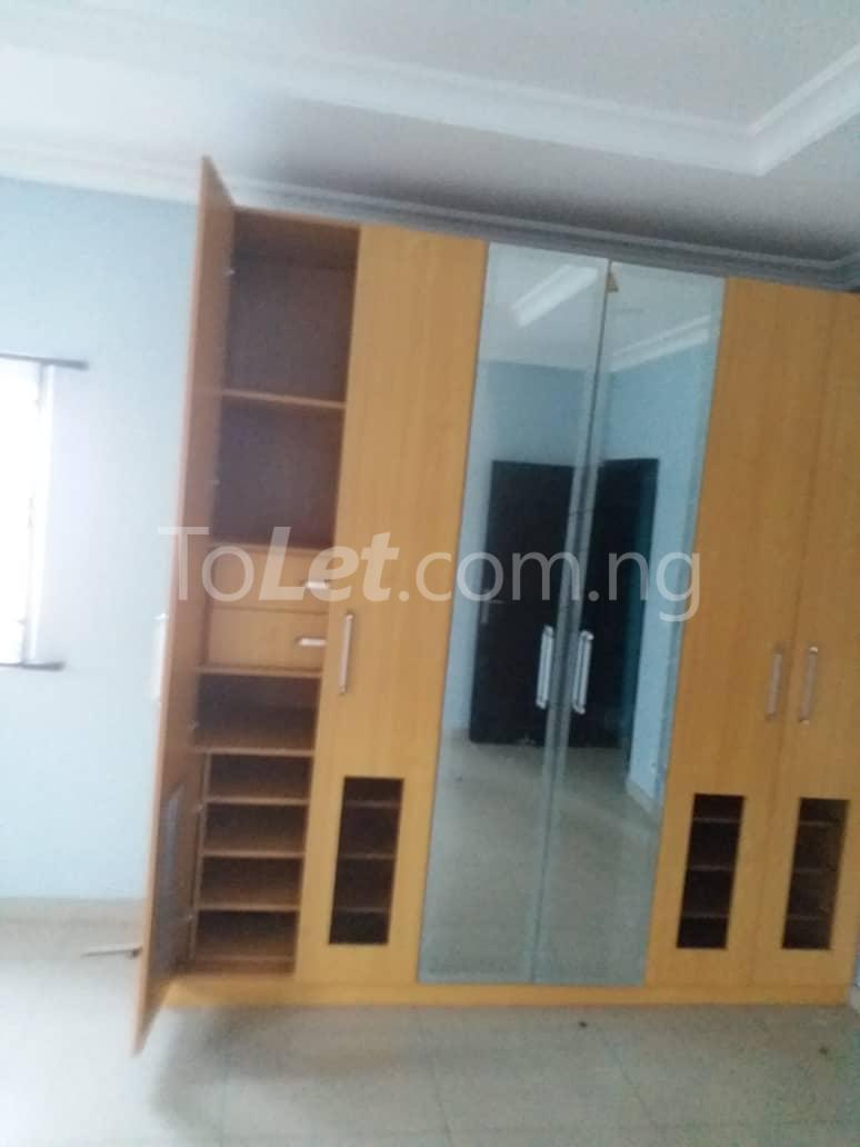 5 bedroom House for rent Ado road by Ecobank off Ajah busstop, Ajah. Ado Ajah Lagos - 5