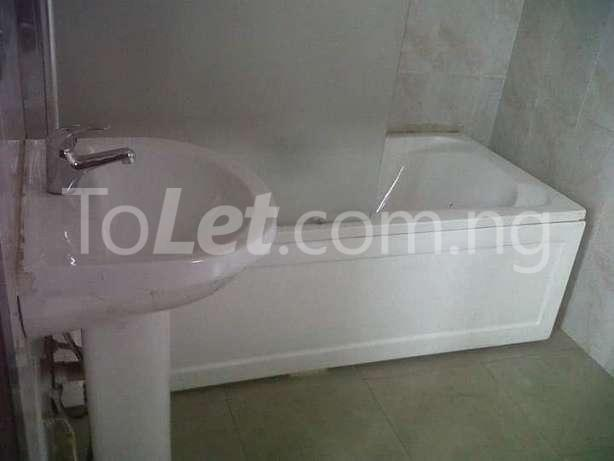 6 bedroom House for sale Gate way zone Magodo Kosofe/Ikosi Lagos - 2