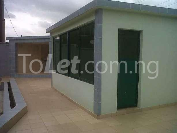 6 bedroom House for sale Gate way zone Magodo Kosofe/Ikosi Lagos - 4