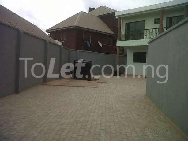 6 bedroom House for sale Gate way zone Magodo Kosofe/Ikosi Lagos - 3