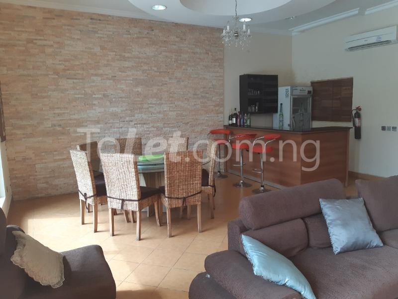 2 bedroom Flat / Apartment for rent ONIRU Victoria Island Lagos - 2