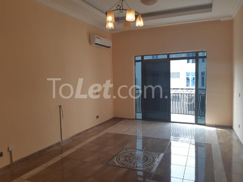 2 bedroom Flat / Apartment for rent ONIRU Victoria Island Lagos - 11