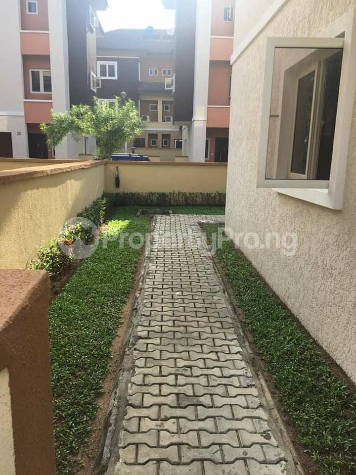 4 bedroom Terraced Duplex House for rent Yetville estate Ikate Ikate Lekki Lagos - 11