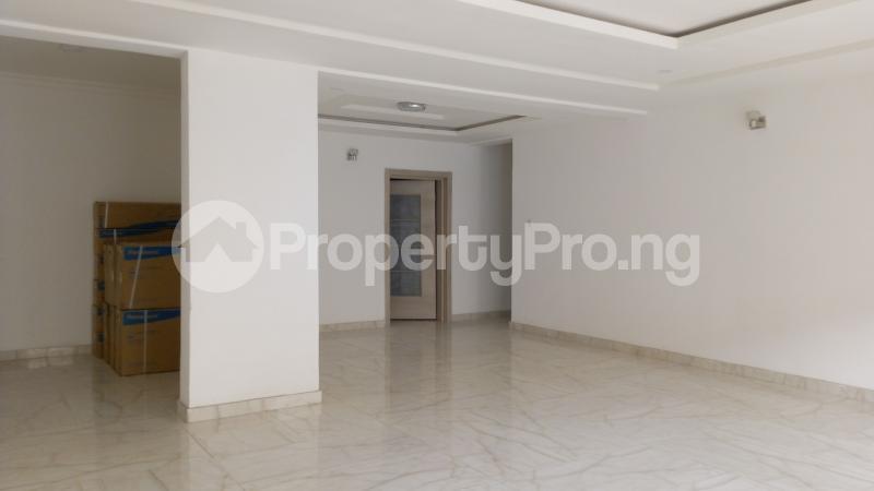 3 bedroom Flat / Apartment for sale Ligali Ayorinde Victoria Island Lagos - 4