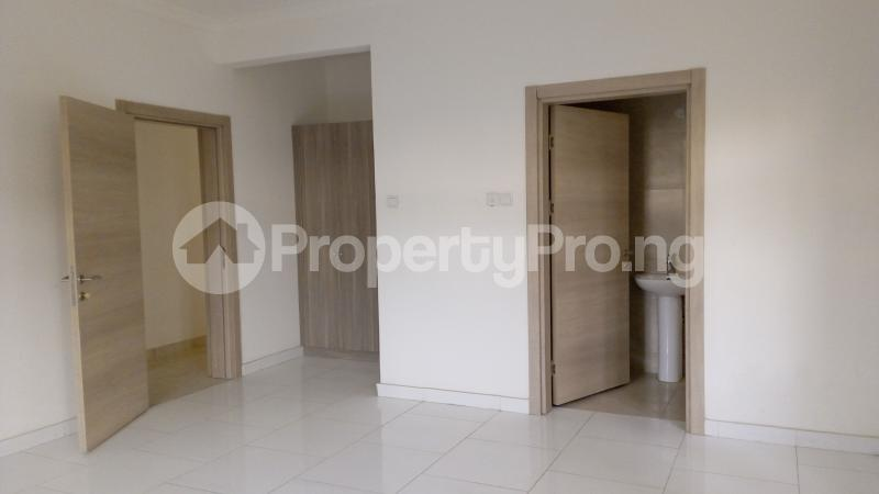 3 bedroom Flat / Apartment for sale Ligali Ayorinde Victoria Island Lagos - 10