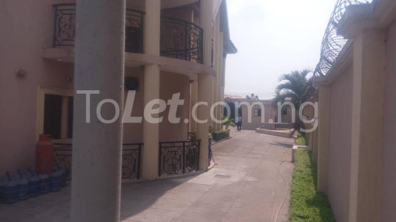 10 bedroom House for sale Magodo Phase 2 Ojodu Lagos - 4