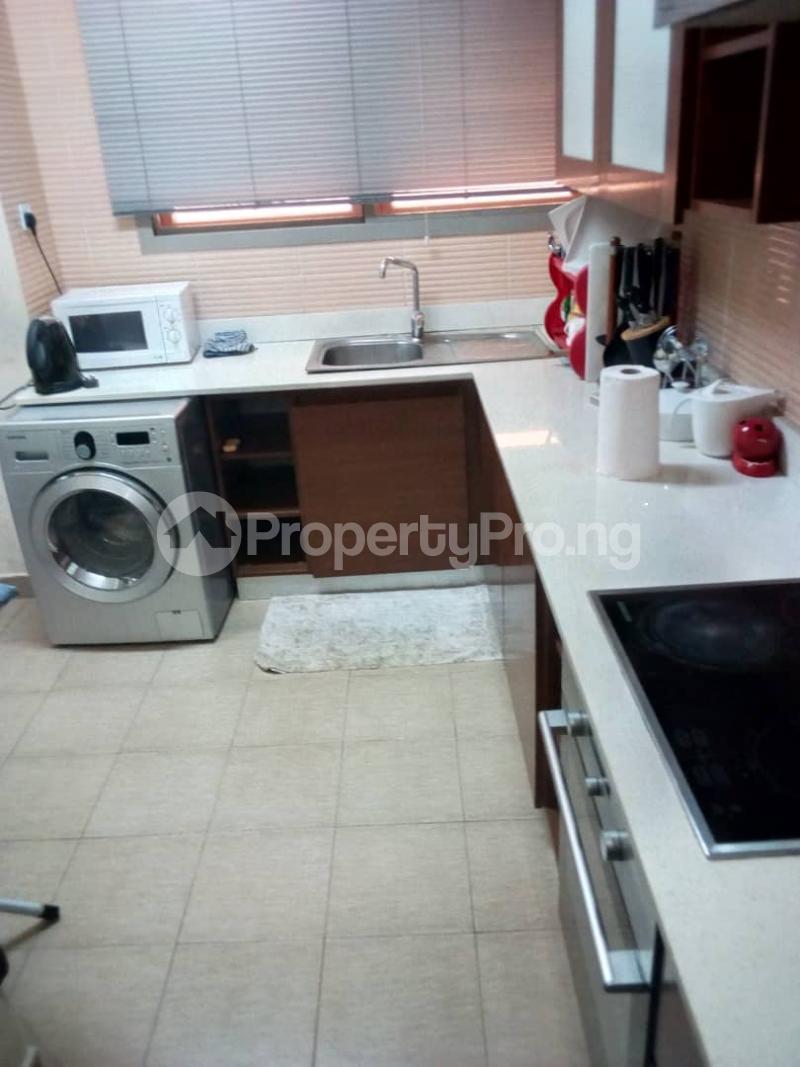 2 bedroom Flat / Apartment for rent Okoti Ebo Close,  MacPherson Ikoyi Lagos - 3