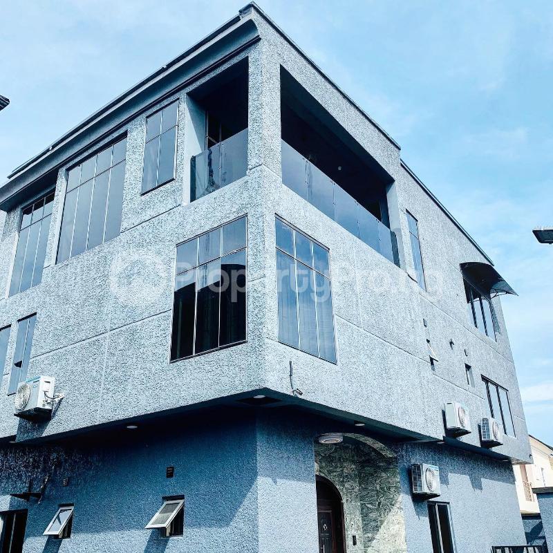 6 bedroom House for sale - chevron Lekki Lagos - 0