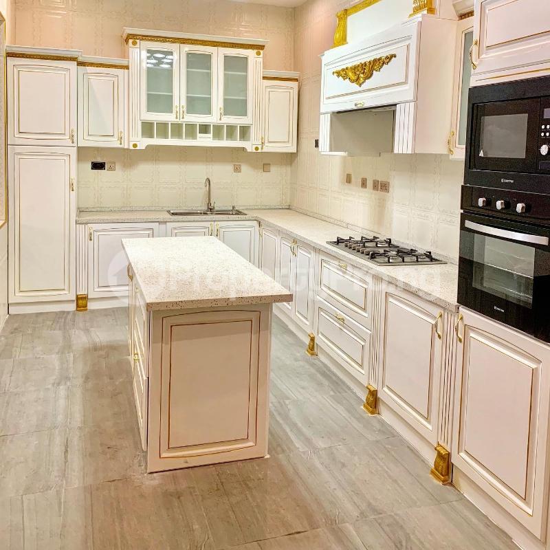 6 bedroom House for sale - chevron Lekki Lagos - 2