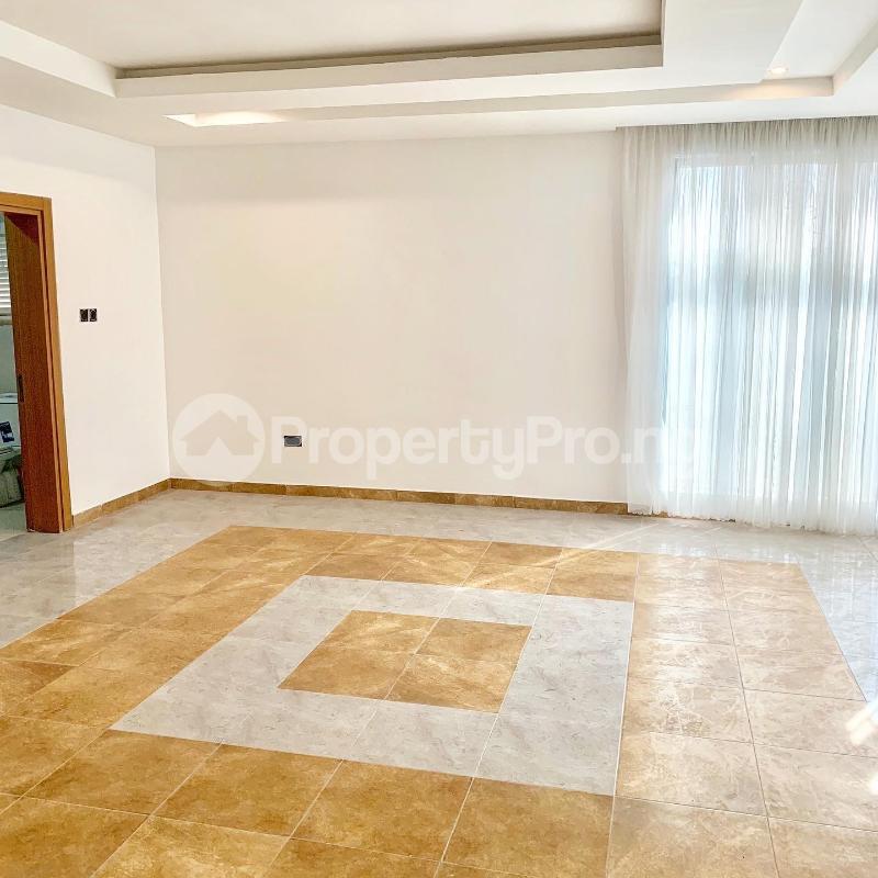 6 bedroom House for sale - chevron Lekki Lagos - 3
