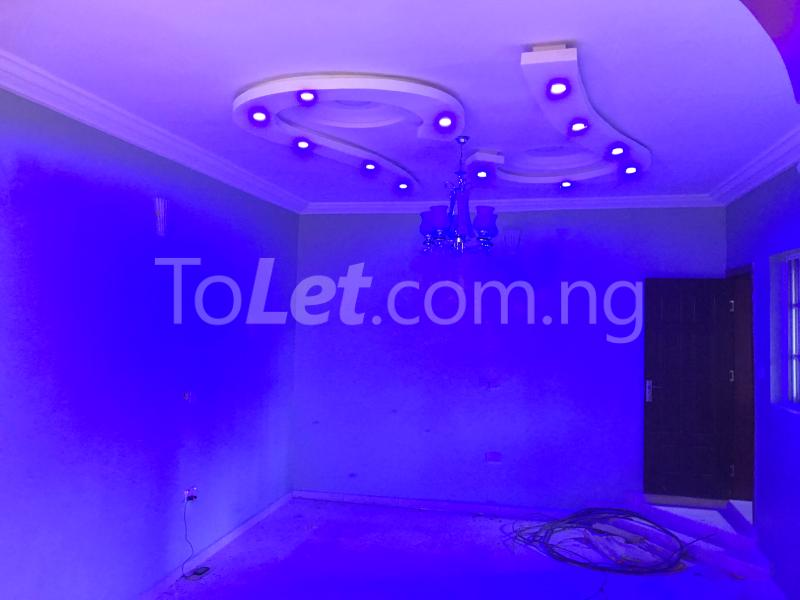 4 bedroom House for rent Behind NYSC Orientation Camp Agbotikuyo Agege Lagos - 4