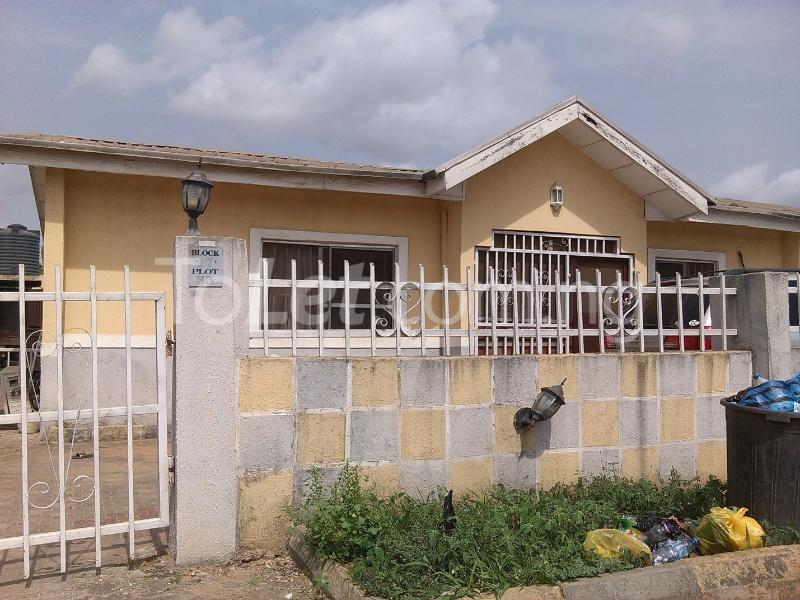 3 bedroom House for sale Diamond Estate Iyana Ipaja Ipaja Lagos - 0