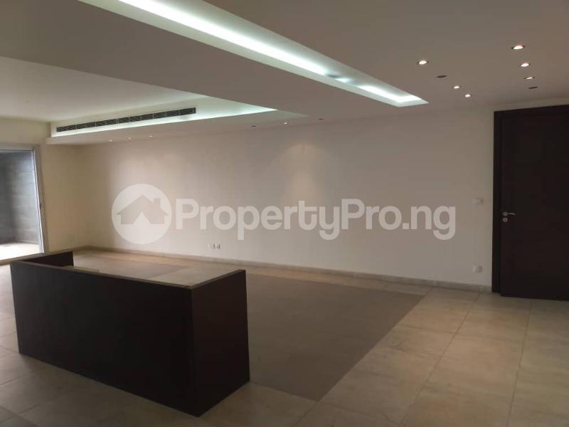 3 bedroom Flat / Apartment for rent --- Gerard road Ikoyi Lagos - 18