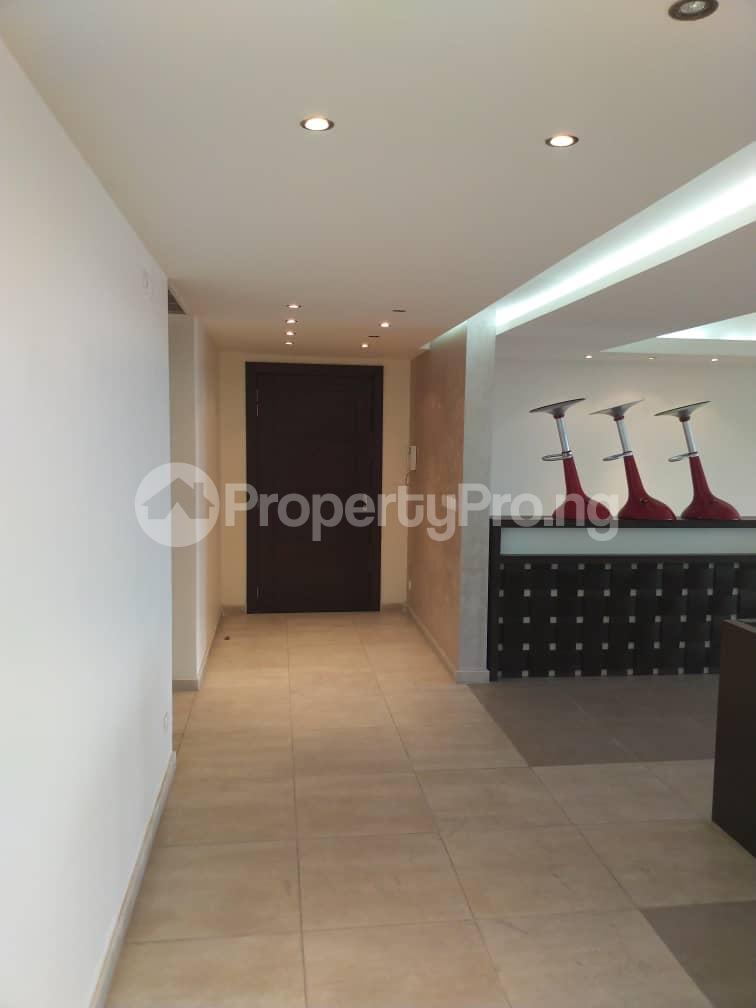 3 bedroom Flat / Apartment for rent --- Gerard road Ikoyi Lagos - 19