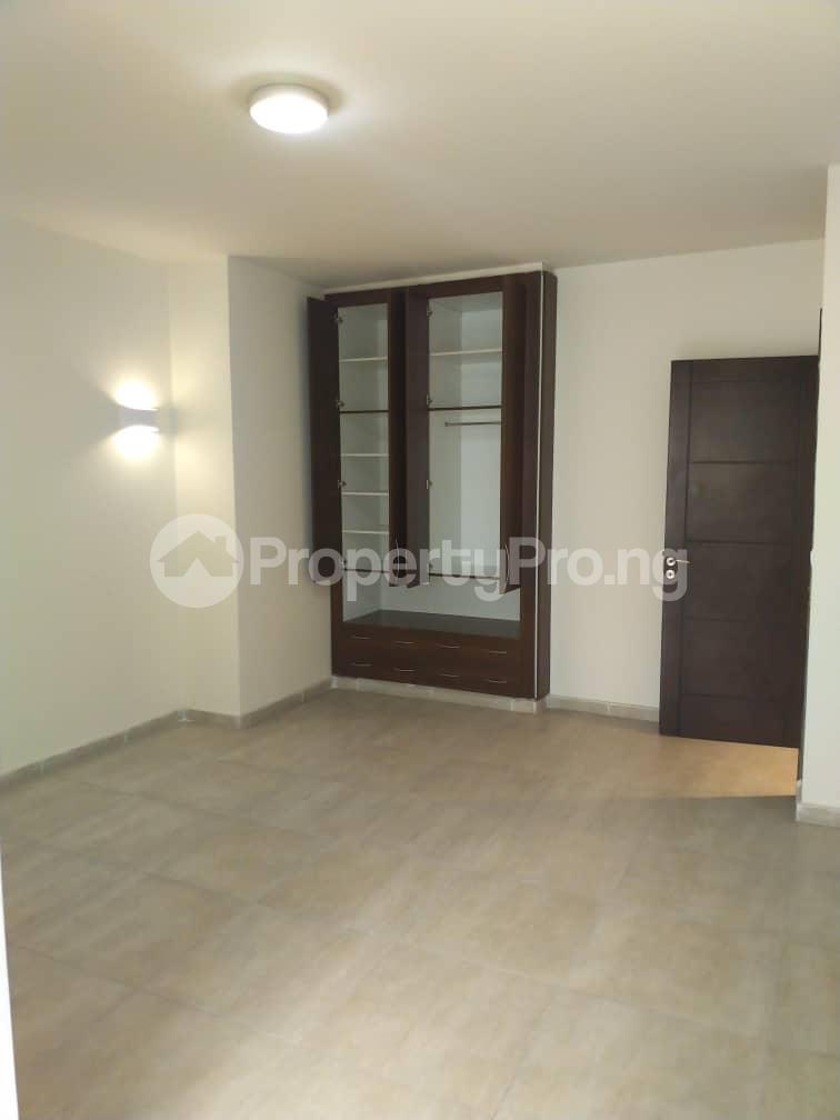 3 bedroom Flat / Apartment for rent --- Gerard road Ikoyi Lagos - 9