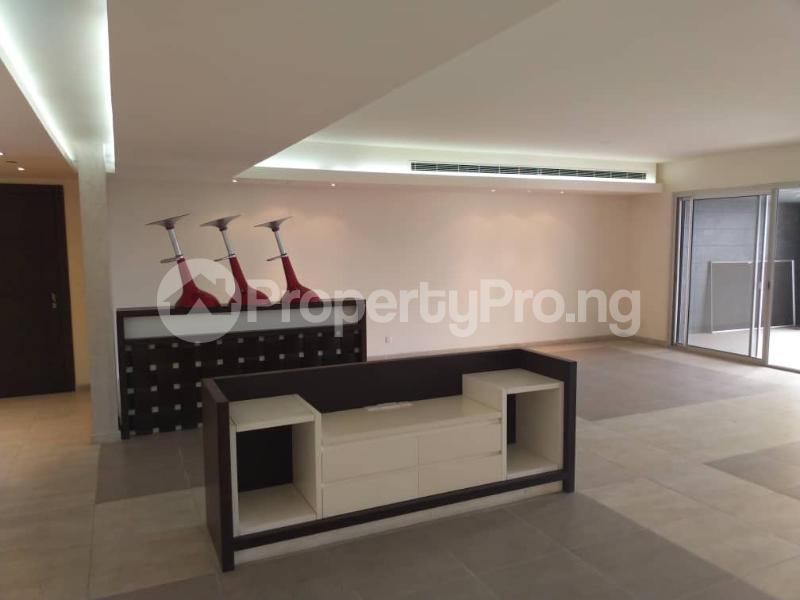 3 bedroom Flat / Apartment for rent --- Gerard road Ikoyi Lagos - 17