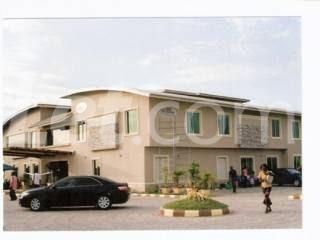 10 bedroom Commercial Property for sale MCC Road Calabar Cross River - 3
