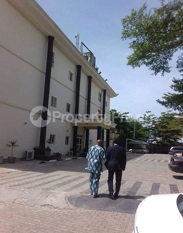 10 bedroom Hotel/Guest House Commercial Property for sale Chevy estate, Lagos chevron Lekki Lagos - 1