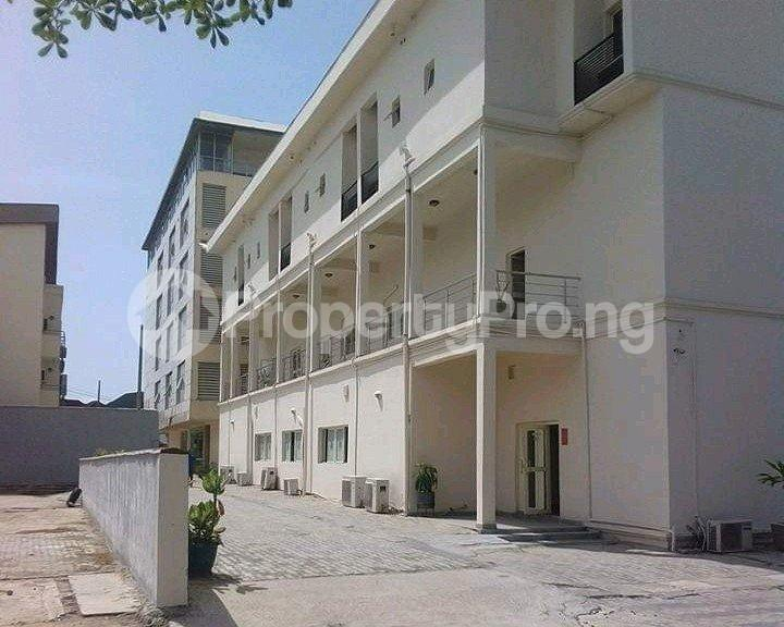 10 bedroom Hotel/Guest House Commercial Property for sale Chevy estate, Lagos chevron Lekki Lagos - 2