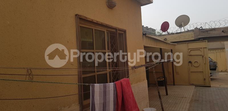 7 bedroom Semi Detached Bungalow House for sale Dorayi Babba Unguwar Wambai Qtrs, Opposite Rijiyar Zaki Qtrs, BUK New Site Road, Kano Gwale Kano - 5