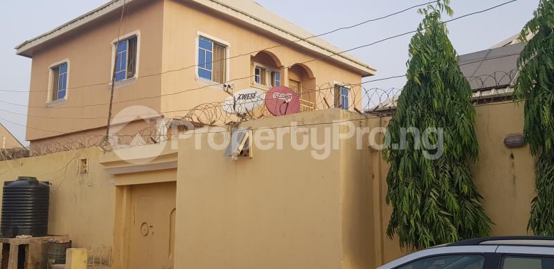 7 bedroom Semi Detached Bungalow House for sale Dorayi Babba Unguwar Wambai Qtrs, Opposite Rijiyar Zaki Qtrs, BUK New Site Road, Kano Gwale Kano - 1