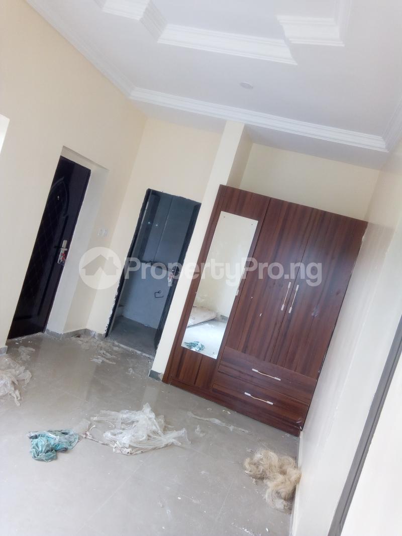 3 bedroom Shared Apartment Flat / Apartment for rent Arowojobe Estate, Mende, Maryland. Mende Maryland Lagos - 2