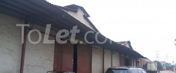 Warehouse Commercial Property for rent . Itire Surulere Lagos - 0