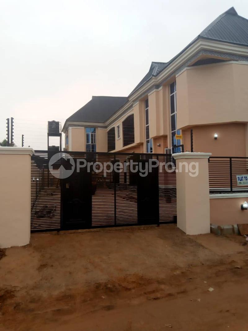 3 bedroom Mini flat Flat / Apartment for rent Around Tempola filling station Ugbiyoko Quarters Upper Ekenwan  Oredo Edo - 3