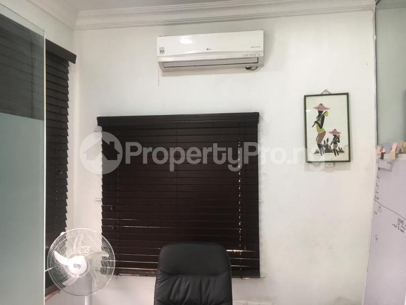 1 bedroom mini flat  Office Space Commercial Property for rent Muritala Mohammed Way Alagomeji Yaba Lagos - 2