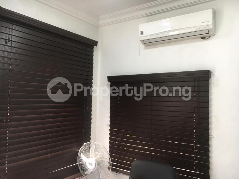 1 bedroom mini flat  Office Space Commercial Property for rent Muritala Mohammed Way Alagomeji Yaba Lagos - 4