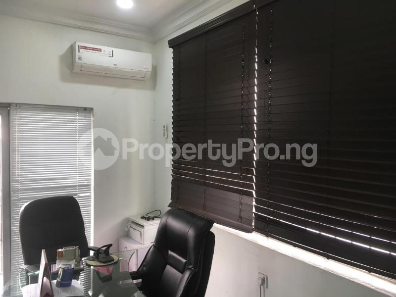 1 bedroom mini flat  Office Space Commercial Property for rent Muritala Mohammed Way Alagomeji Yaba Lagos - 8