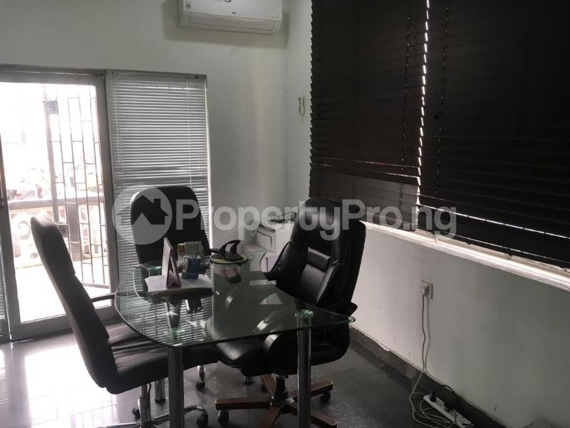 1 bedroom mini flat  Office Space Commercial Property for rent Muritala Mohammed Way Alagomeji Yaba Lagos - 7