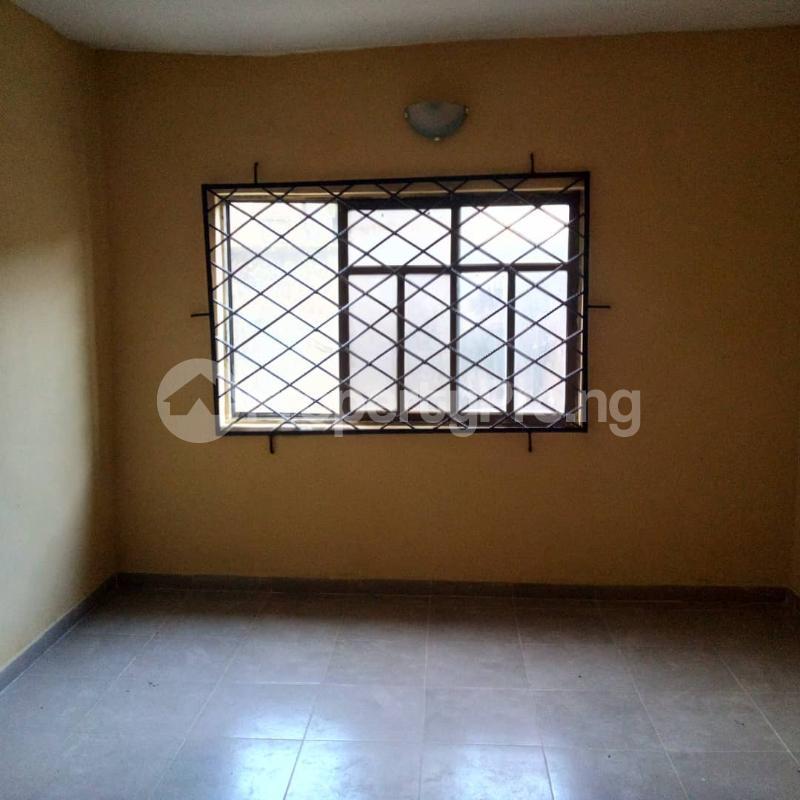 Mini flat Flat / Apartment for rent ORI-ADE BLOCK, ENROUTE TO WADOYE AVENUE, PIPELINE ROAD, AJUWON. Yakoyo/Alagbole Ojodu Lagos - 3