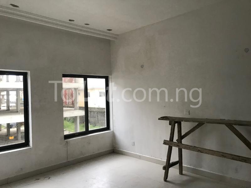1 bedroom mini flat  Mini flat Flat / Apartment for sale ONIRU Victoria Island Lagos - 4